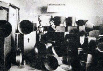 [Program SixFuturism, Popular Culture, and Technology] Instruments built by Luigi Russolo