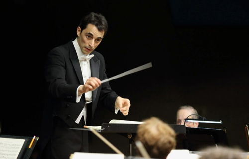 [The Bard College Community Orchestra] Zac Schwartzman conducts the Massapequa Philharmonic