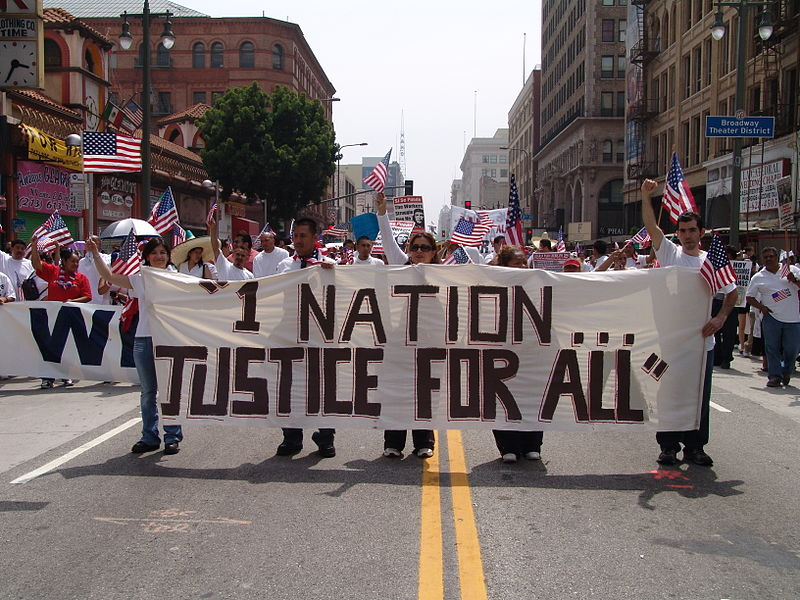 Immigration March LA, 2006, Image from: Jonathan McIntosh, Wikimedia Commons