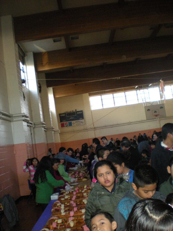 Día de Reyes de Hermanos Unidos en el gimnasio de San Patricio, Newburgh.