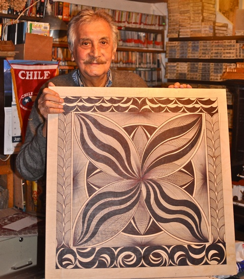 Chilean artist Manuel Guerra Mártis. Photo by Antonio Flores-Lobos