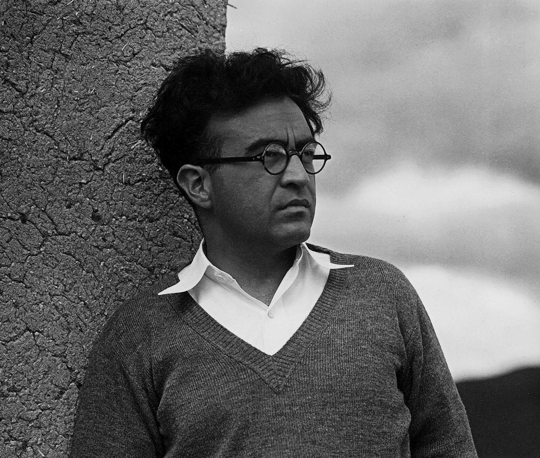 Carlos Chávez en Nuevo México, 1932. Foto de Paul Strand.