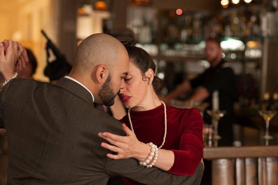 Maia Martínezy David Salvatierra bailando tango, foto deCarlCoxStudios