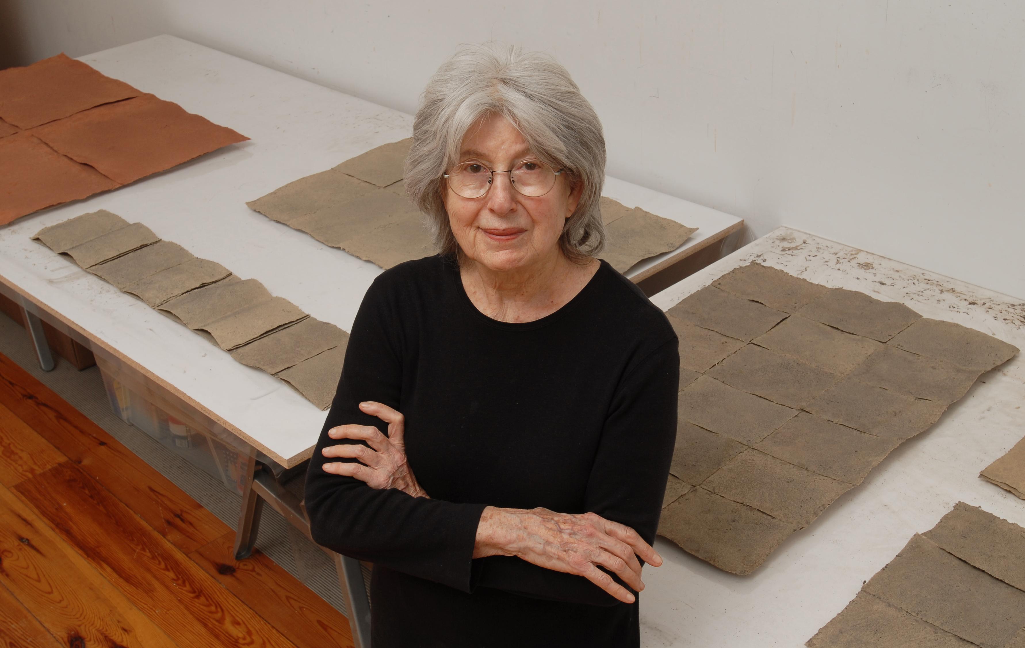 Raquel Rabinovich en su estudio, foto de Douglas Baz<br />&nbsp;