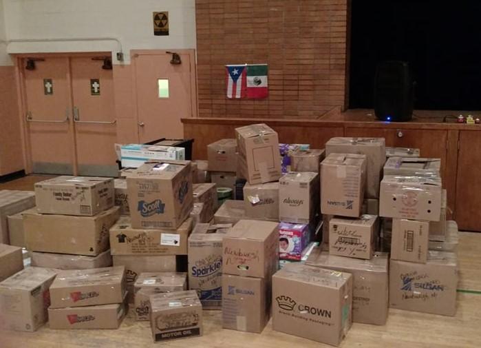 Las donaciones que llegaron al gimnasio de la iglesia San Patricio en Newburgh en tan solo una tarde, foto de Amancio Salazar.